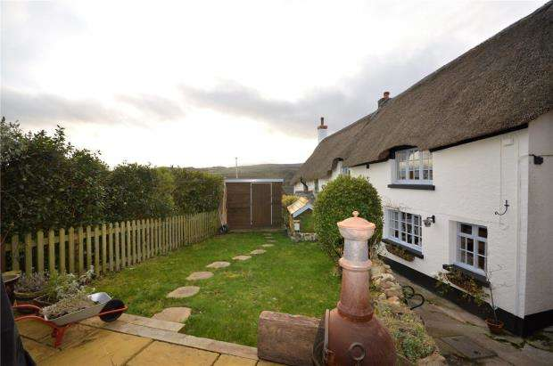 2 Bedrooms Terraced House for sale in Atway Cottages, Bovey Tracey, Newton Abbot, Devon