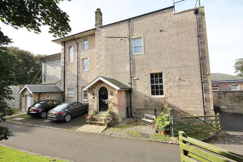 3 Bedrooms Town House for sale in 3 Beadnell House, The Haven, Beadnell, Chathill, Northumberland ne67