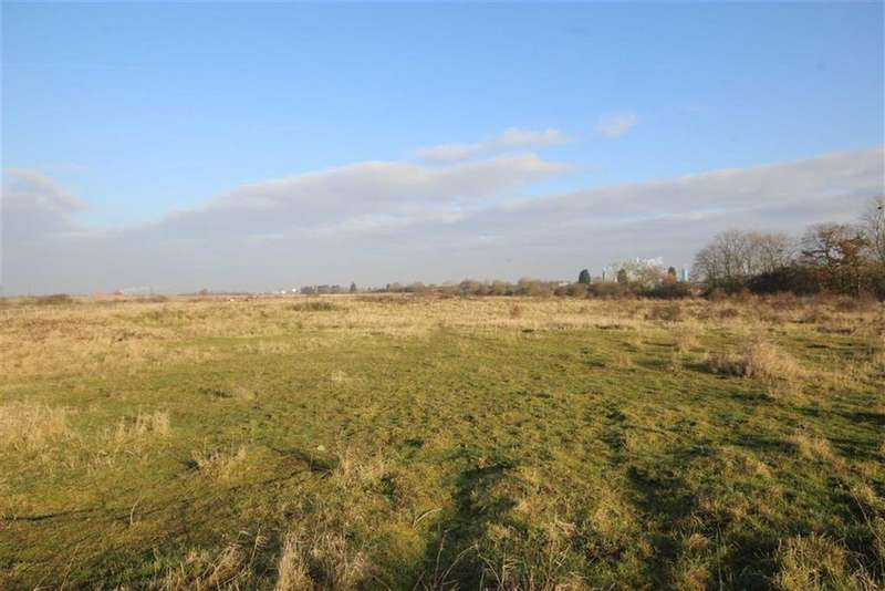 Land Commercial for sale in Off Cotham Lane, Hawton, Newark, Nottinghamshire