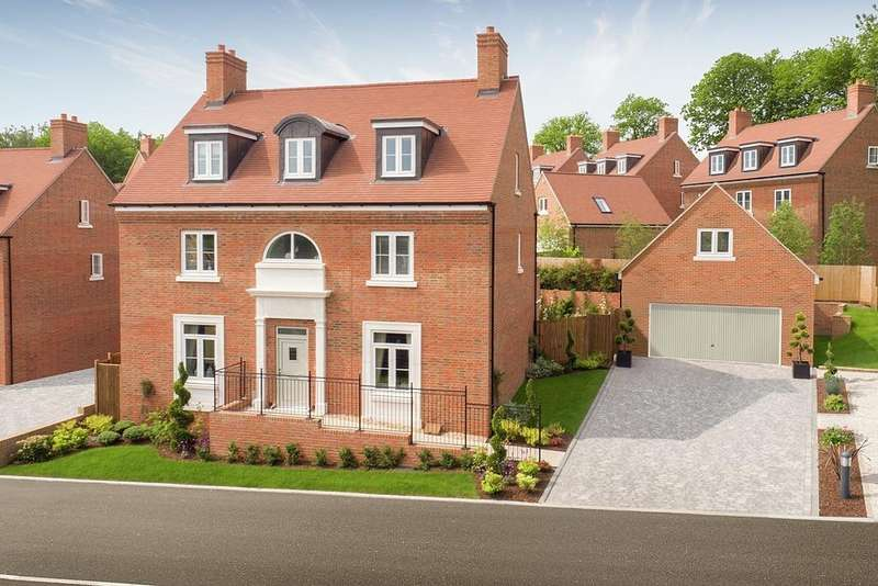 4 Bedrooms Detached House for sale in Kings Drive, Midhurst, West Sussex GU29