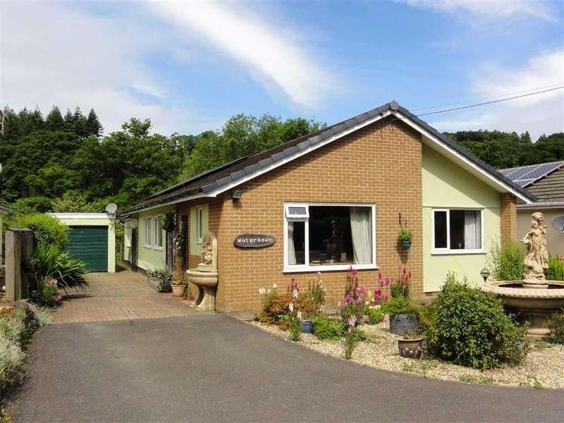 4 Bedrooms Bungalow for sale in Brightley Road, Okehampton, Okehampton, Devon, EX20