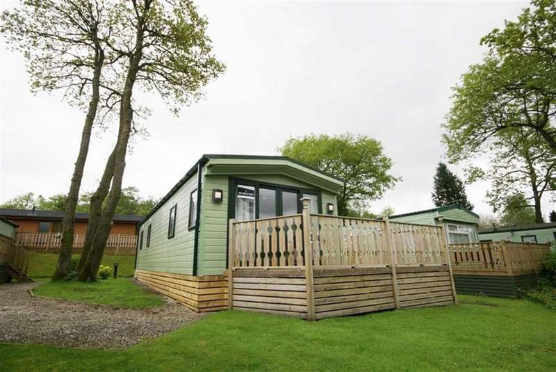 2 Bedrooms Chalet House for sale in Gatebeck Park, Kendal, Cumbria