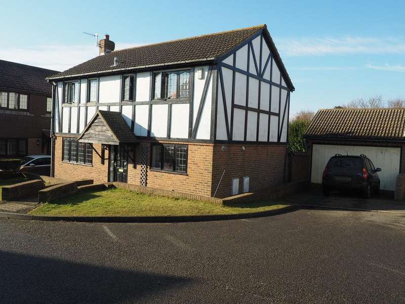 4 Bedrooms Detached House for sale in Shannon Close, Telscombe Cliffs,