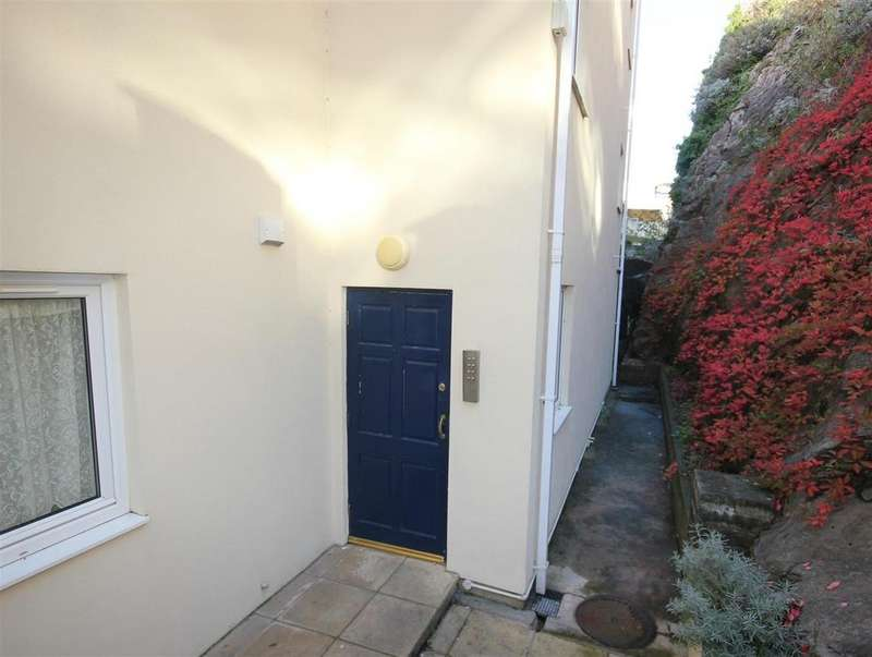 2 Bedrooms Apartment Flat for sale in Braddons Hill Road West, Torquay