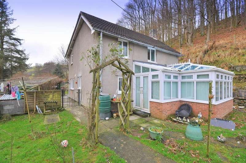 3 Bedrooms Detached House for sale in Llangurig, Llanidloes