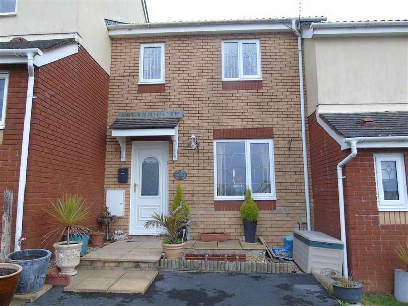 2 Bedrooms Semi Detached House for sale in Heol Bryncelyn, Dafen, Llanelli