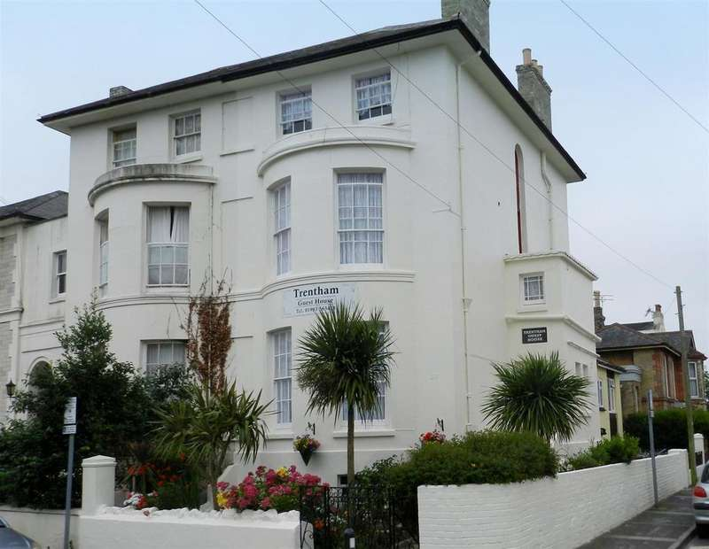 7 Bedrooms Semi Detached House for sale in The Strand, Ryde