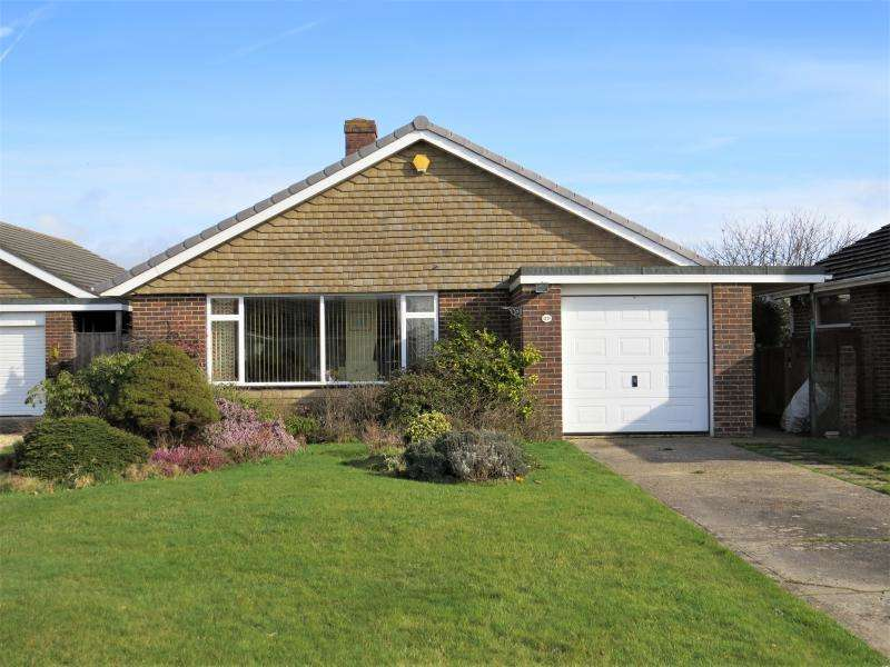 2 Bedrooms Detached Bungalow for sale in Good Location