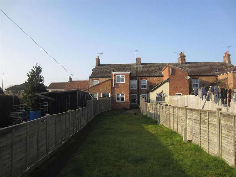 2 Bedrooms Terraced House for sale in London Road, Brandon