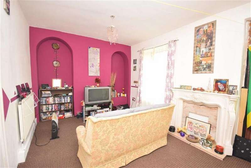 2 Bedrooms Terraced House for sale in Seldon Street, Colne, Lancashire