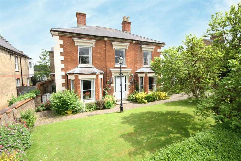 4 Bedrooms Detached House for sale in Mulberry House, 15 Park Lane, Alford