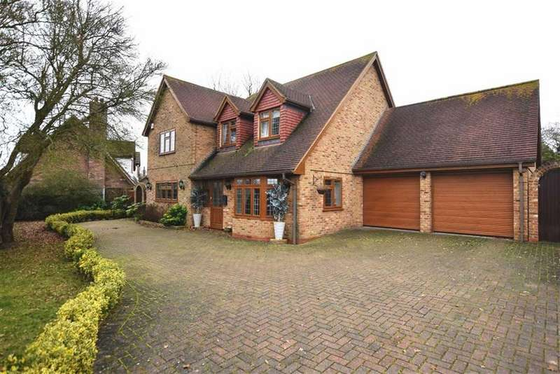 4 Bedrooms Detached House for sale in Maldon Road, Latchingdon, Essex