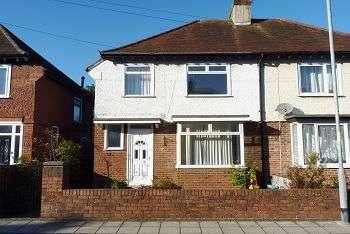 3 Bedrooms House for sale in Jasmond Road, Highbury, Cosham, PO6