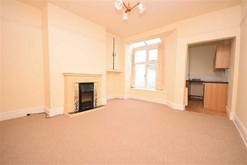 2 Bedrooms Terraced House for sale in Lee Road, Nelson, Lancashire