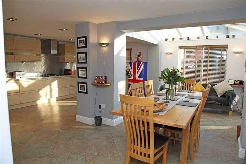 5 Bedrooms Detached House for sale in Medbourne Road, Drayton, Market Harborough