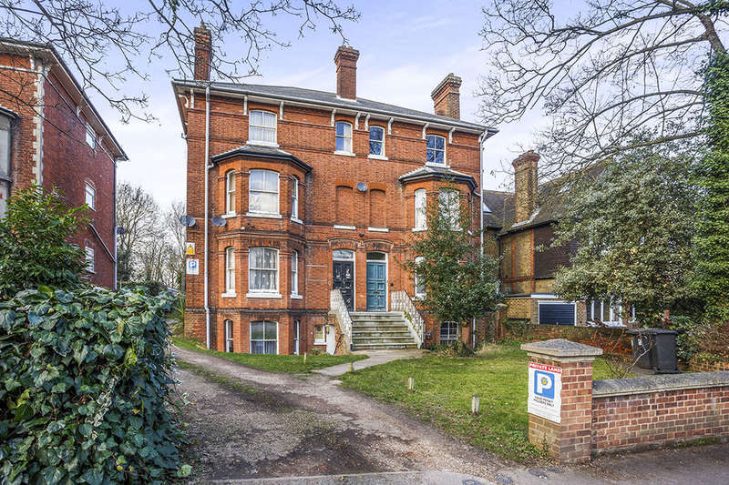 1 Bedroom Flat for sale in Buckland Hill, Maidstone, ME16