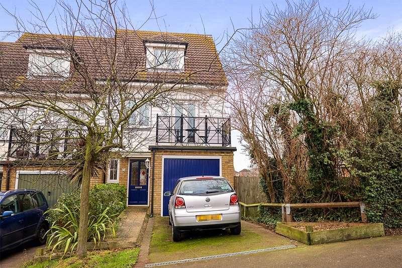 3 Bedrooms Property for sale in Waterside Lane, Gillingham, ME7