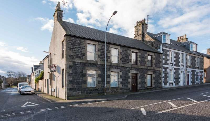 2 Bedrooms Flat for sale in Stuart Street, Banff, Aberdeenshire, AB45 1FY