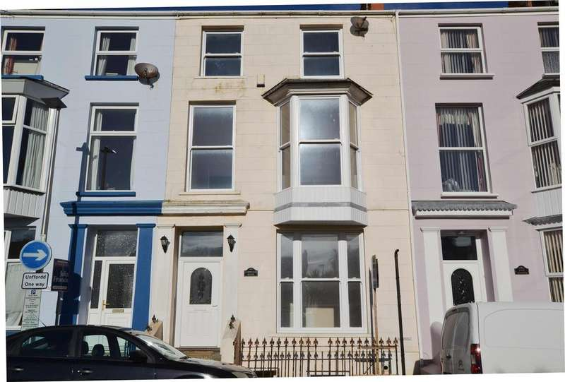 5 Bedrooms Terraced House for sale in Tenby