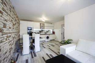 2 Bedrooms Flat for sale in Palace Court, 2 The Retreat, Thornton Heath