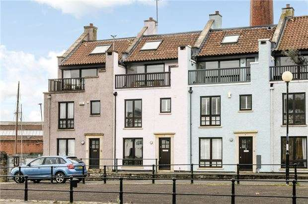 3 Bedrooms Terraced House for sale in Nova Scotia Place, BRISTOL, BS1 6XJ
