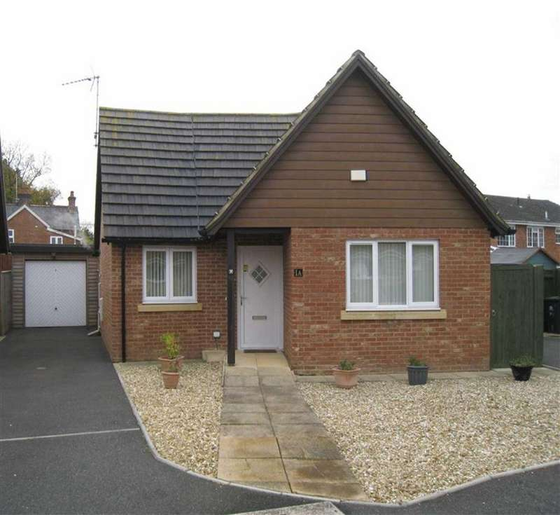 2 Bedrooms Detached Bungalow for sale in Stour View Gardens, Wimborne, Dorset