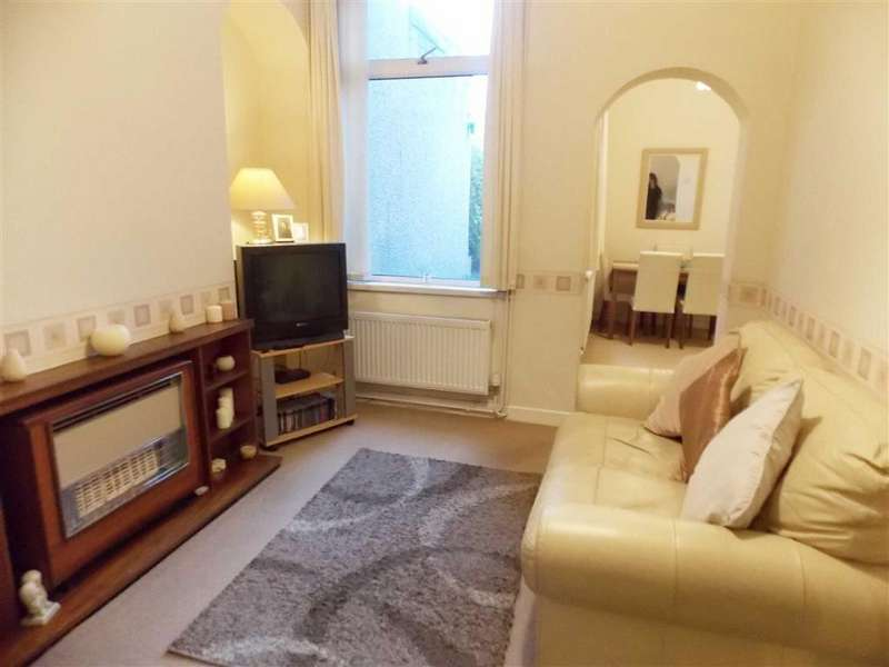 3 Bedrooms Terraced House for sale in College Street, Abernant, Aberdare