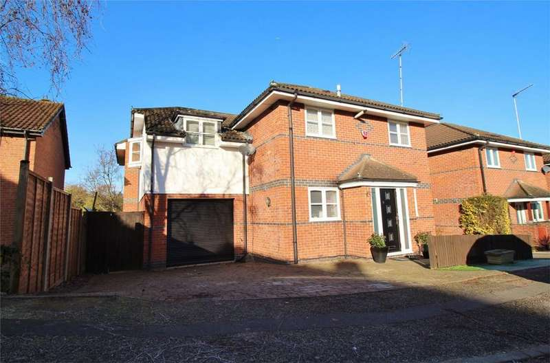 5 Bedrooms Detached House for sale in Lowlands, THE RYDE, HATFIELD, Hertfordshire