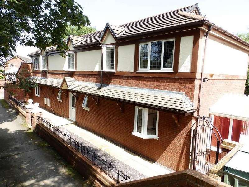 6 Bedrooms Detached House for sale in Gwellyn Avenue, Kinmel Bay,