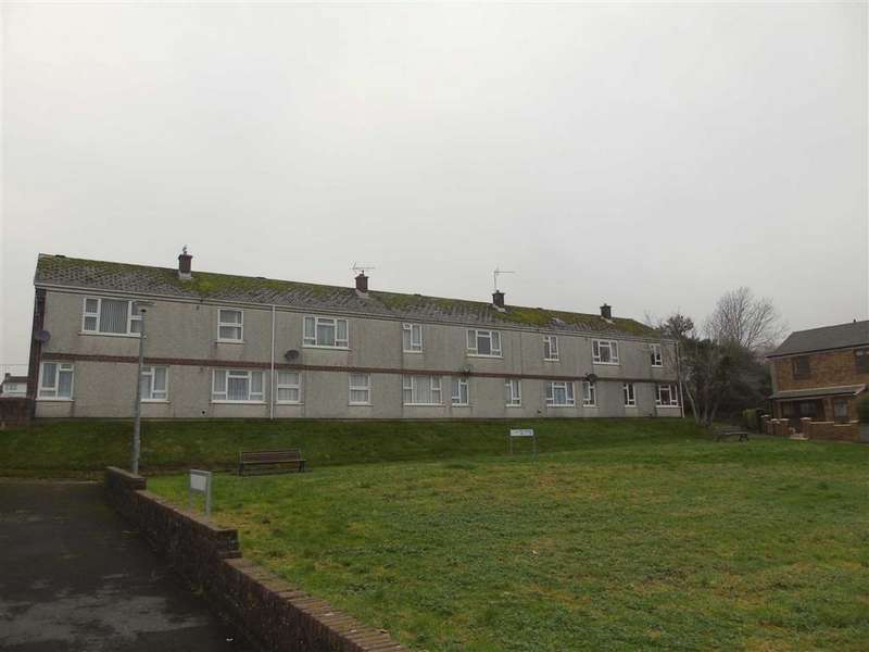 2 Bedrooms Flat for sale in Parc Pendre, Kidwelly, Llanelli
