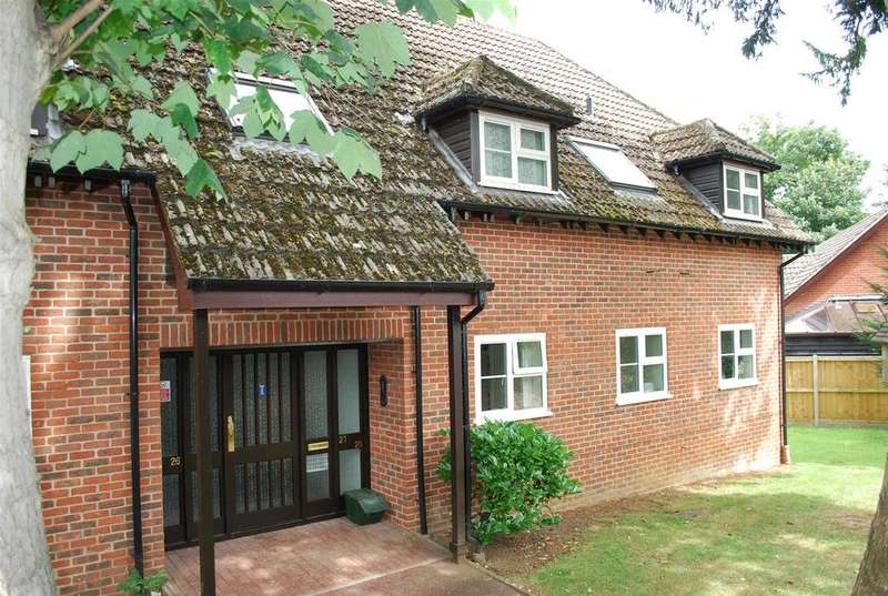 2 Bedrooms Flat for sale in Rougham Road