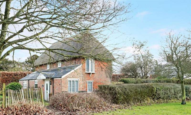 3 Bedrooms Cottage House for sale in Easterton Lane, Pewsey