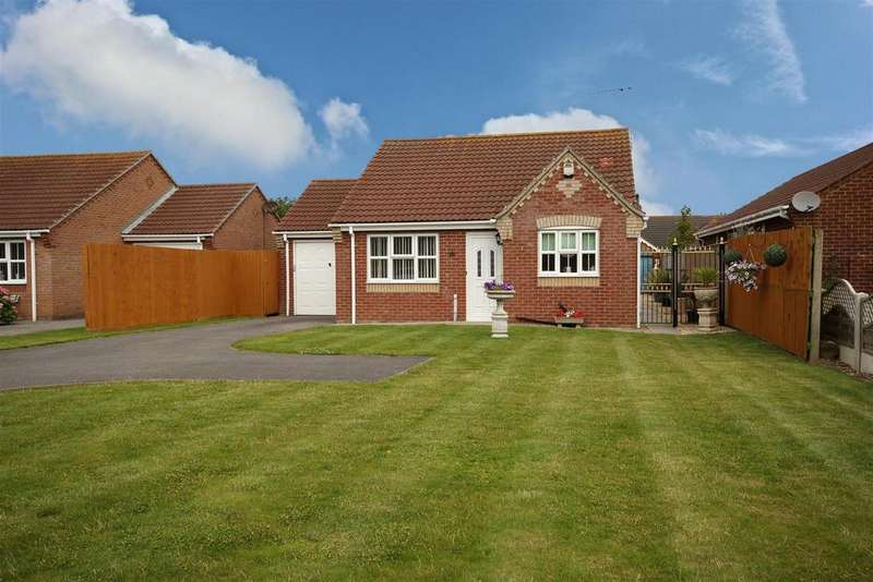 2 Bedrooms Detached Bungalow for sale in 40 Golf Road, Mablethorpe