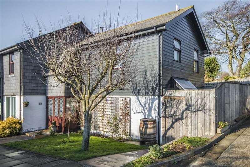 3 Bedrooms Semi Detached House for sale in Cradle Hill Road, Seaford