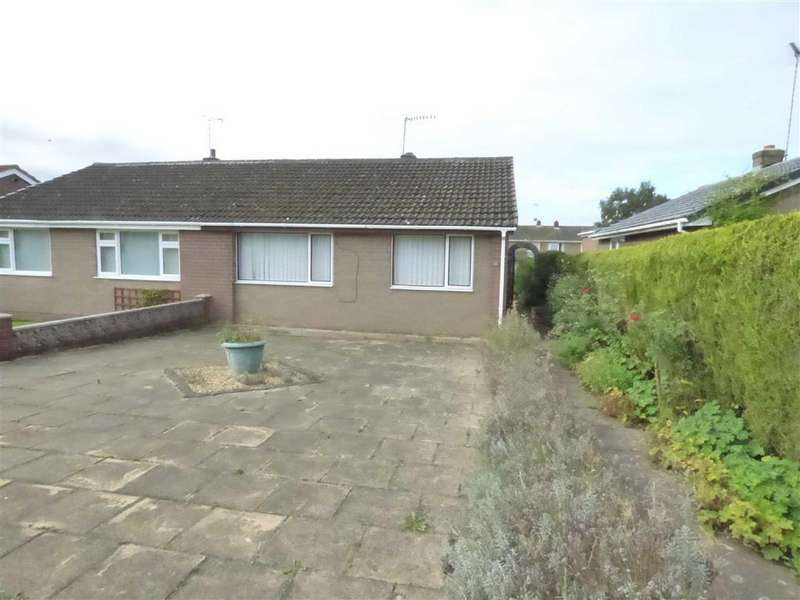 2 Bedrooms Semi Detached Bungalow for sale in 32, Dane Grove, Cheadle