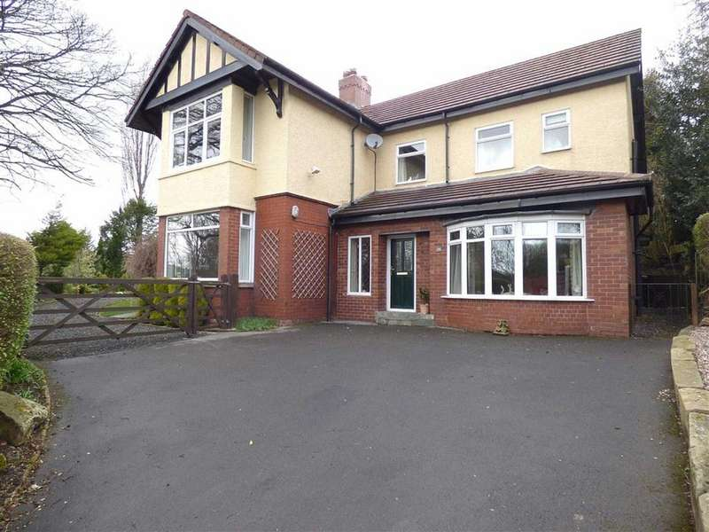 4 Bedrooms Detached House for sale in Shaw Lane, Glossop, Derbyshire, SK13