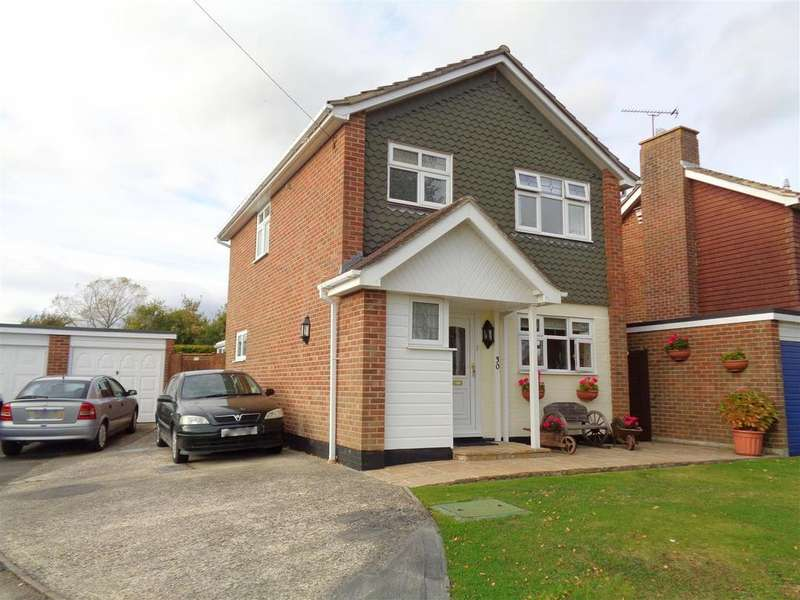 3 Bedrooms Detached House for sale in Wentworth Close, Barnham