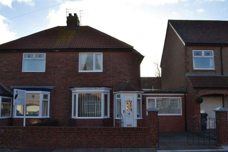 3 Bedrooms Semi Detached House for sale in Wearmouth Avenue, Fulwell, Sunderland