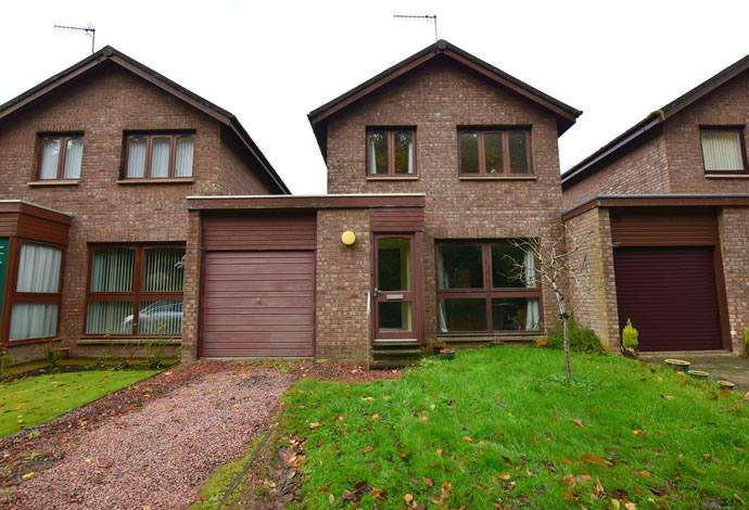 3 Bedrooms Semi Detached House for sale in 9 Daykins Drive, Hawick, TD9 8PF
