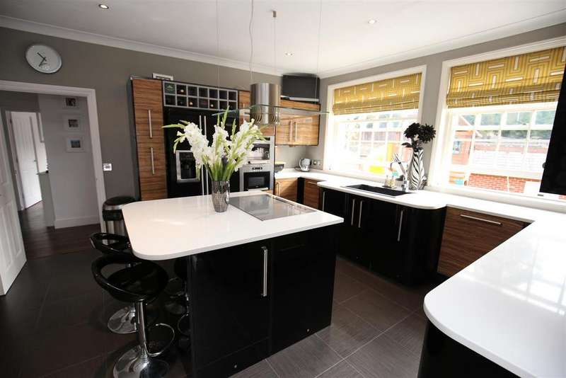4 Bedrooms House for sale in Loose Green, Loose, Maidstone