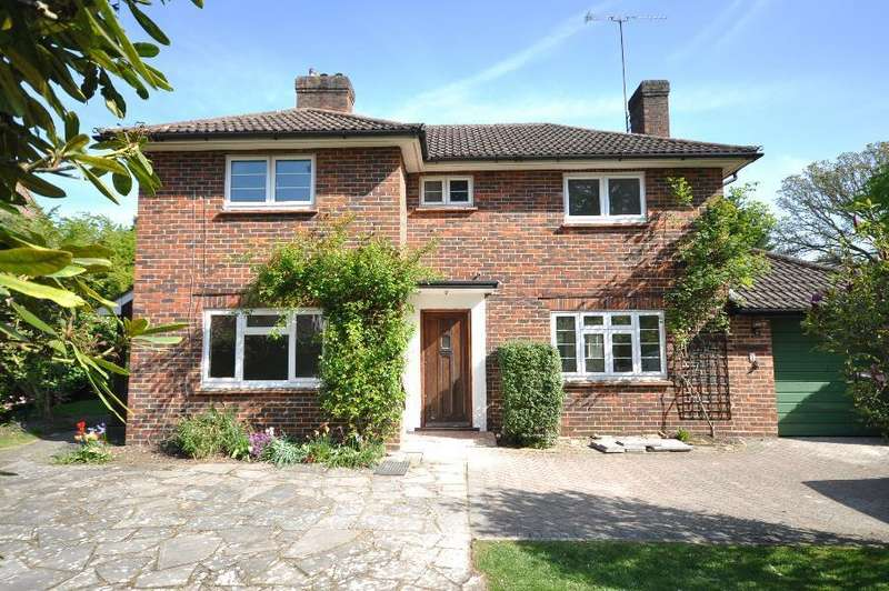 3 Bedrooms Detached House for sale in Monks Road, Wentworth Estate, Virginia Water