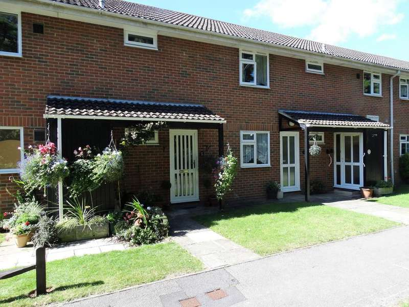 2 Bedrooms Flat for sale in Gilwynes, Aldwick