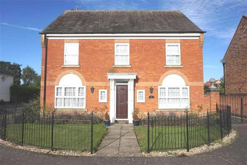 4 Bedrooms Detached House for sale in Great Glen