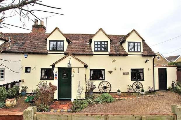 3 Bedrooms Semi Detached House for sale in Takeley, Bishop's Stortford, Essex