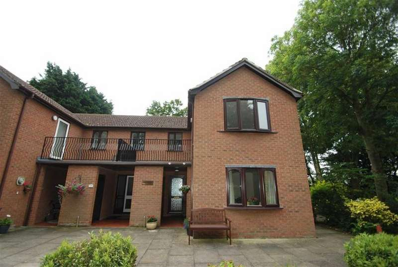 2 Bedrooms Retirement Property for sale in Ash Court, Park Place, Boston