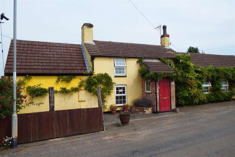 4 Bedrooms Detached House for sale in St. Marks Road, Holbeach St. Marks