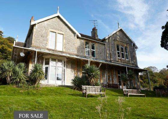 4 Bedrooms Manor House Character Property for sale in Woodborough Road, Winscombe