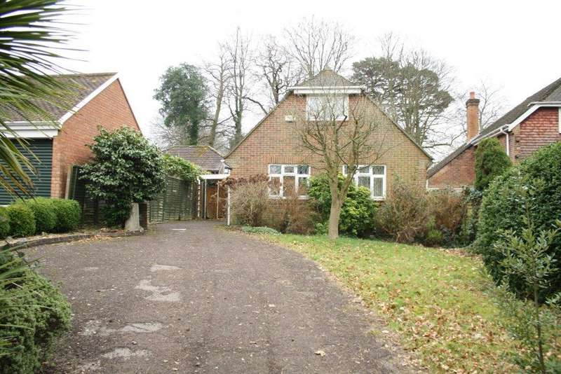 3 Bedrooms Chalet House for sale in Upper Deacon Road, Hedge End SO19
