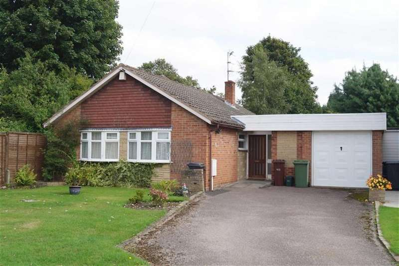 3 Bedrooms Bungalow for sale in Greenacres, Off Redhouse Road, Wolverhampton