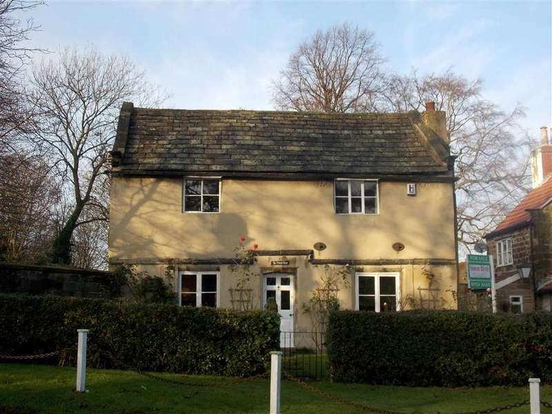 3 Bedrooms Detached House for sale in Heath, Wakefield, WF1